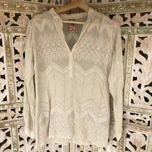 JOHNNY WAS Embroidered Pullover Blouse